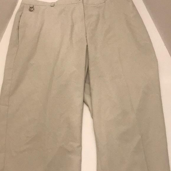 Liz Claiborne Pants - Women's Liz Claiborne golf pants NWT